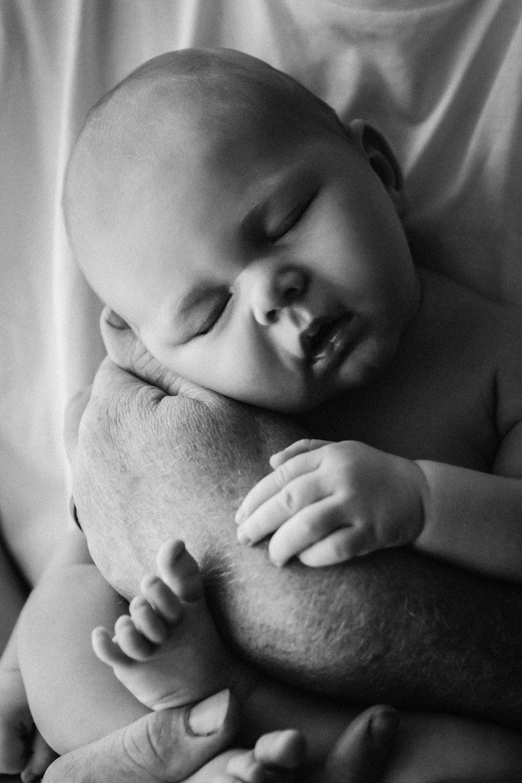 011_NewbornWebsiteSlideshow
